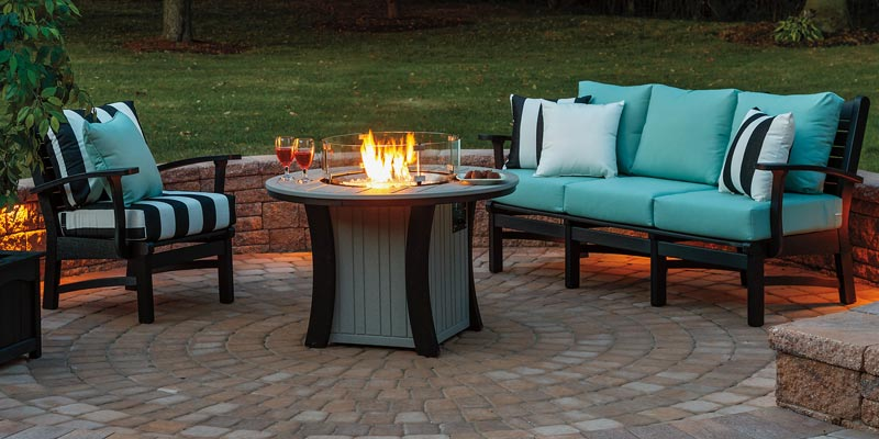 Backyard Etc. Bay Shore Sofa, Chair and Fire Pit